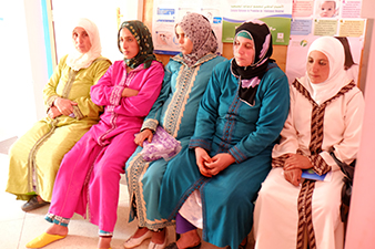 5 Moroccan women await fetal ultrasound scans at a rural medical clinic