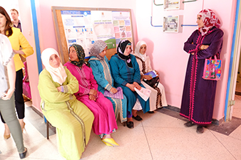 6 Moroccan patients are awaiting ultrasound scans in Moroccan clinic