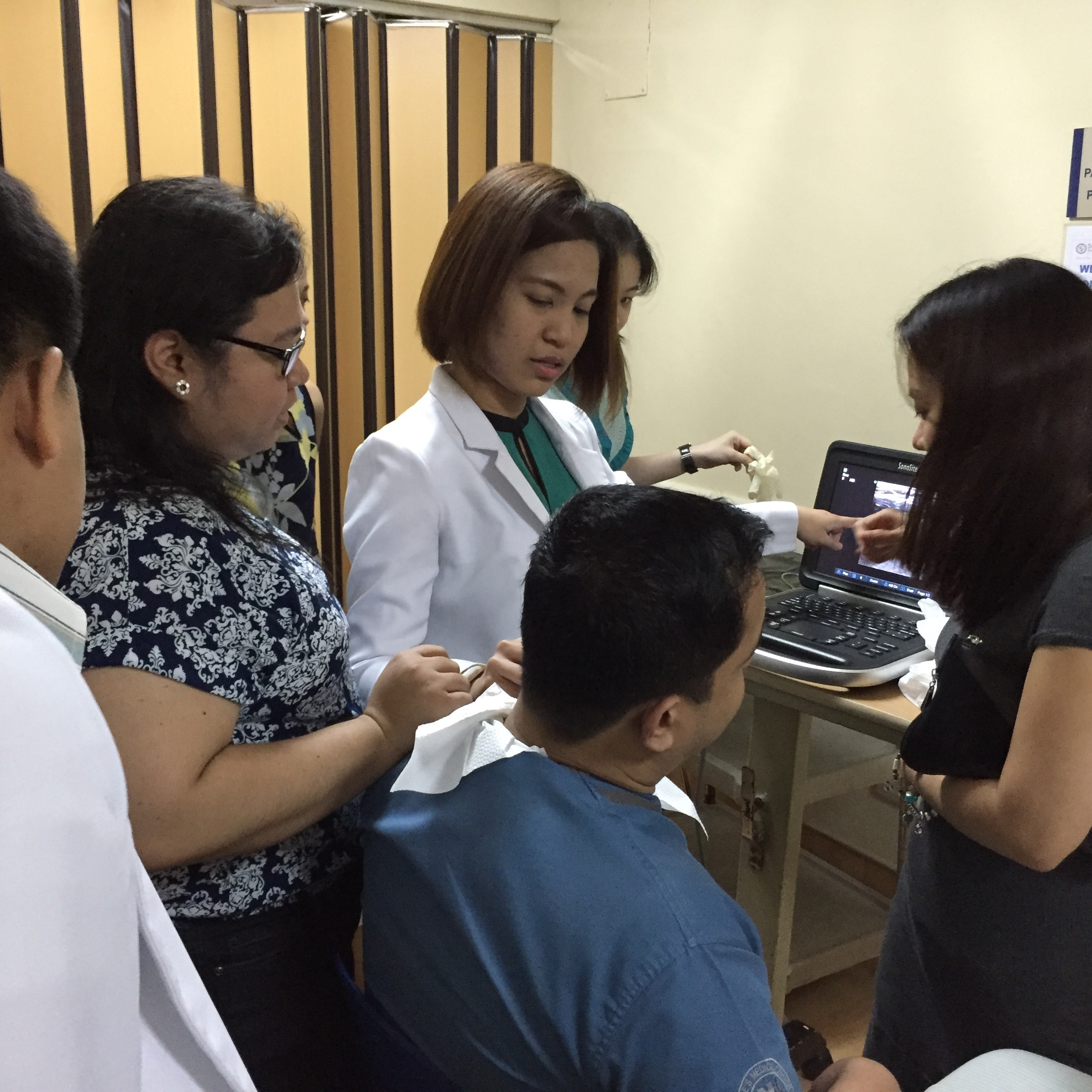 Dr. Robinson volunteered her time and expertise as a visiting physician at St. Luke's Medical Center – Quezon City (SLMC-QC), spending time with their Emergency Department residents and staff to teach instructive and hands-on sessions, and accompany resid